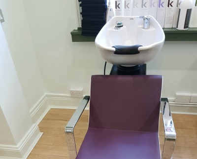 hairdressing-wash-hair-chair-lustig-and-webb